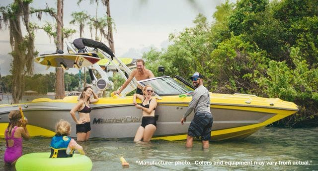 2021 Mastercraft boat for sale, model of the boat is XT-22 & Image # 5 of 13