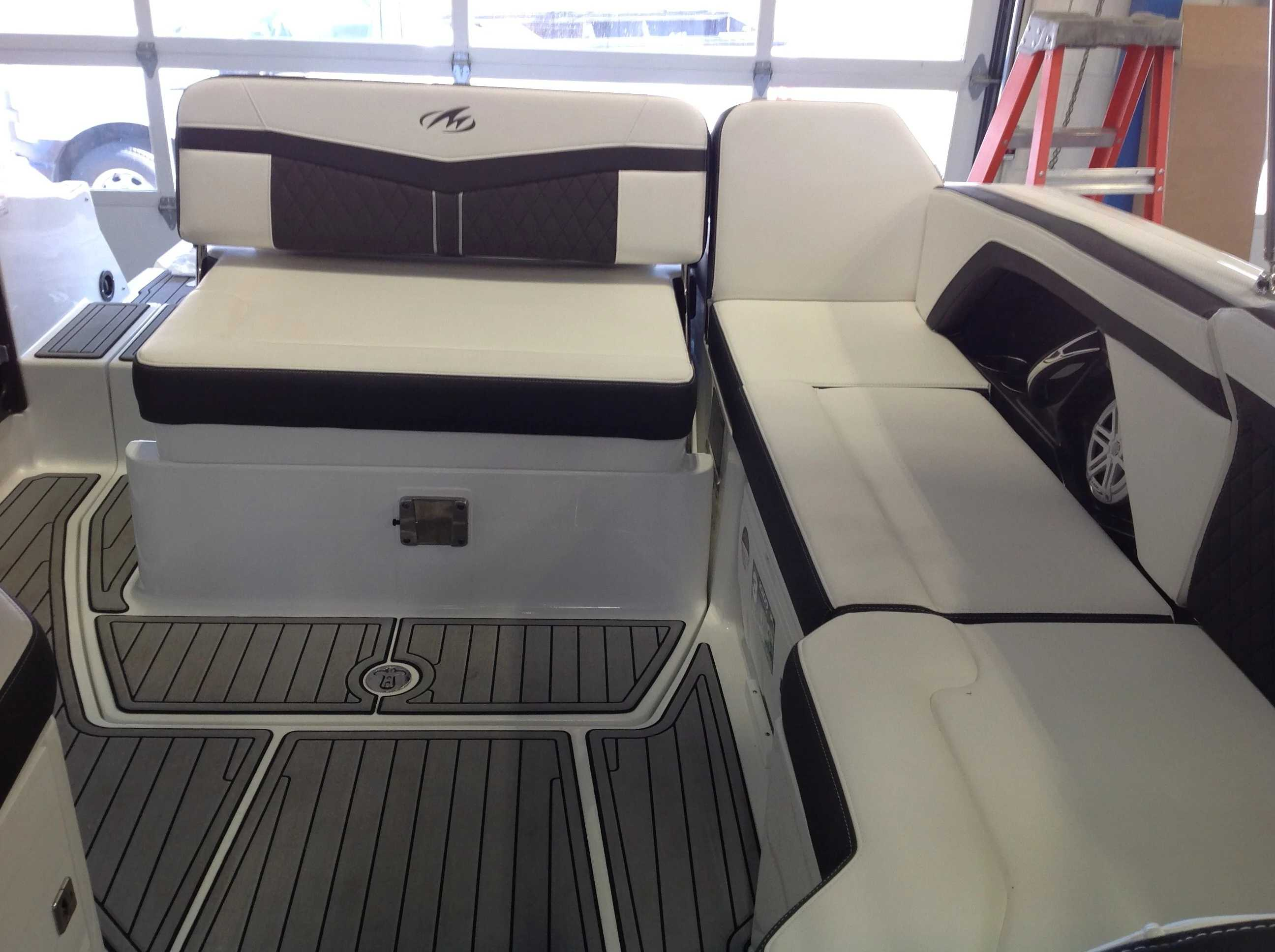 2022 Monterey boat for sale, model of the boat is 258SS & Image # 10 of 18