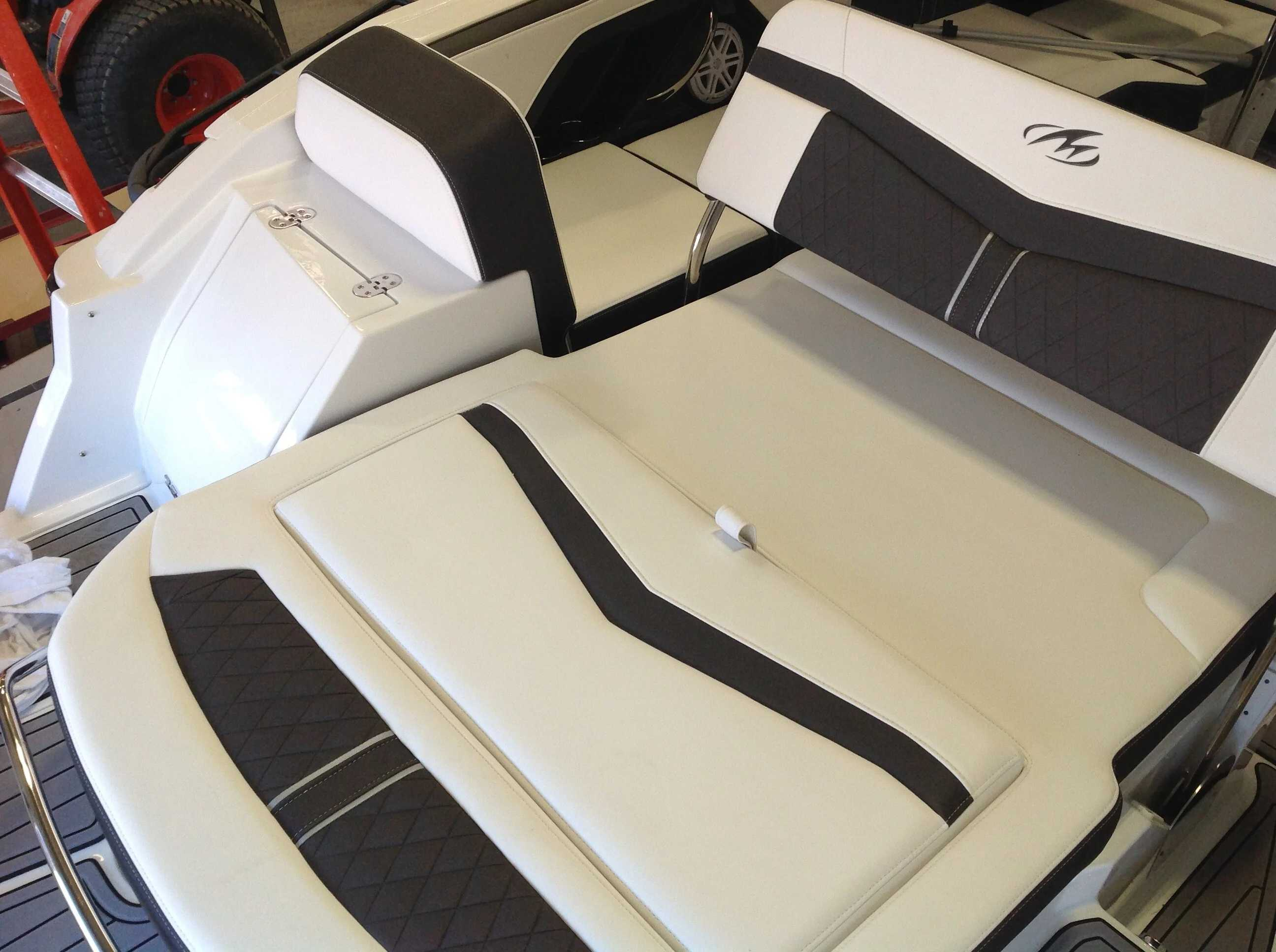 2022 Monterey boat for sale, model of the boat is 258SS & Image # 13 of 18