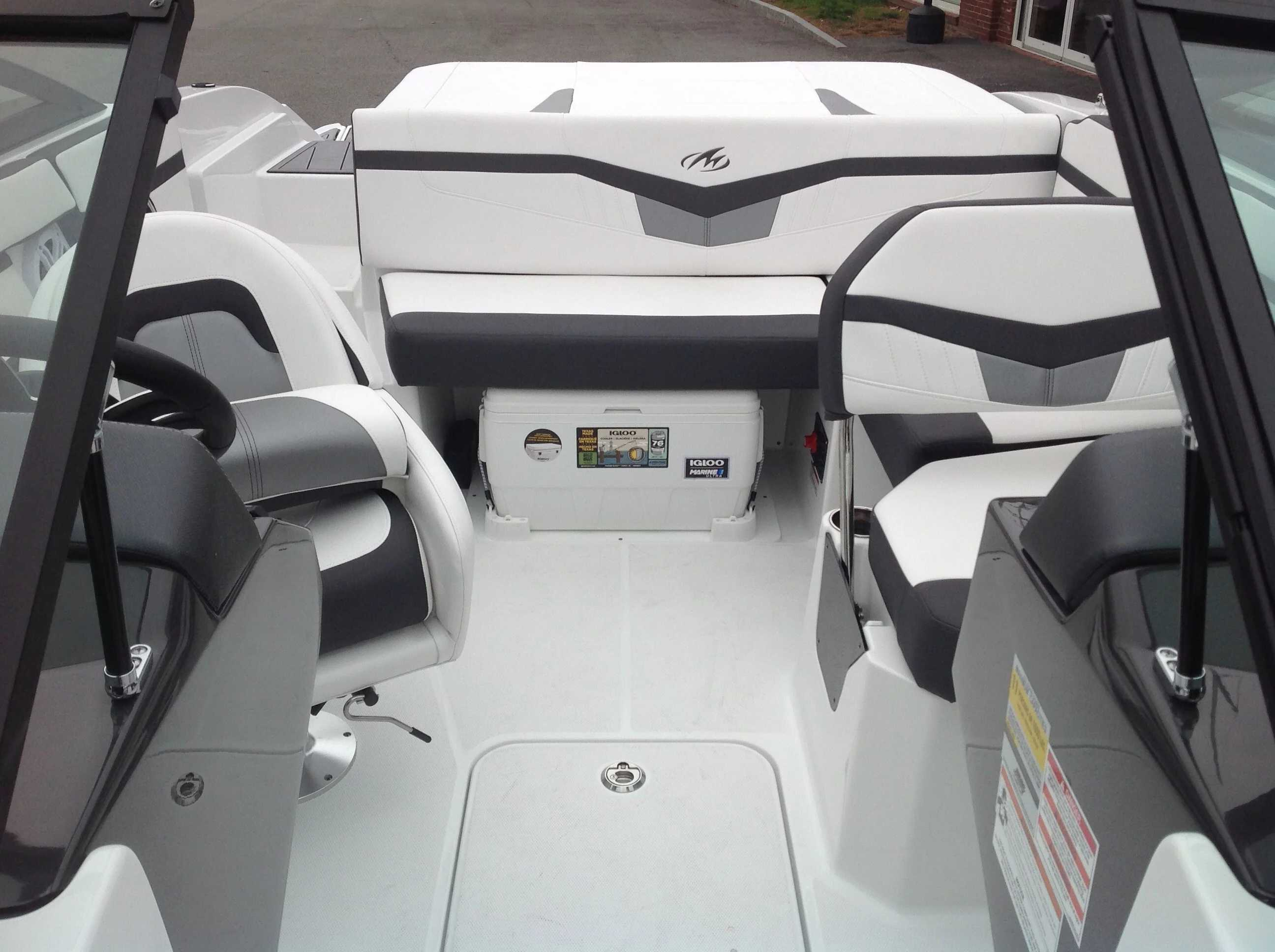 2021 Monterey boat for sale, model of the boat is M20 & Image # 4 of 13