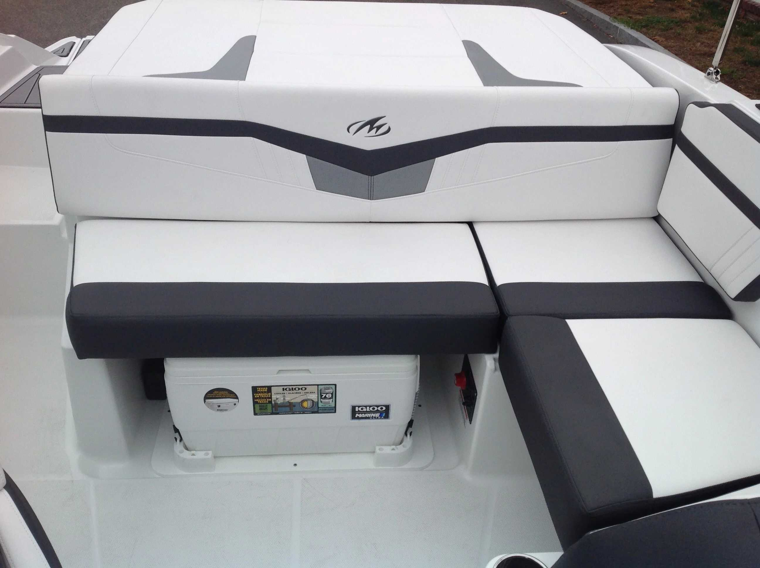 2021 Monterey boat for sale, model of the boat is M20 & Image # 10 of 13