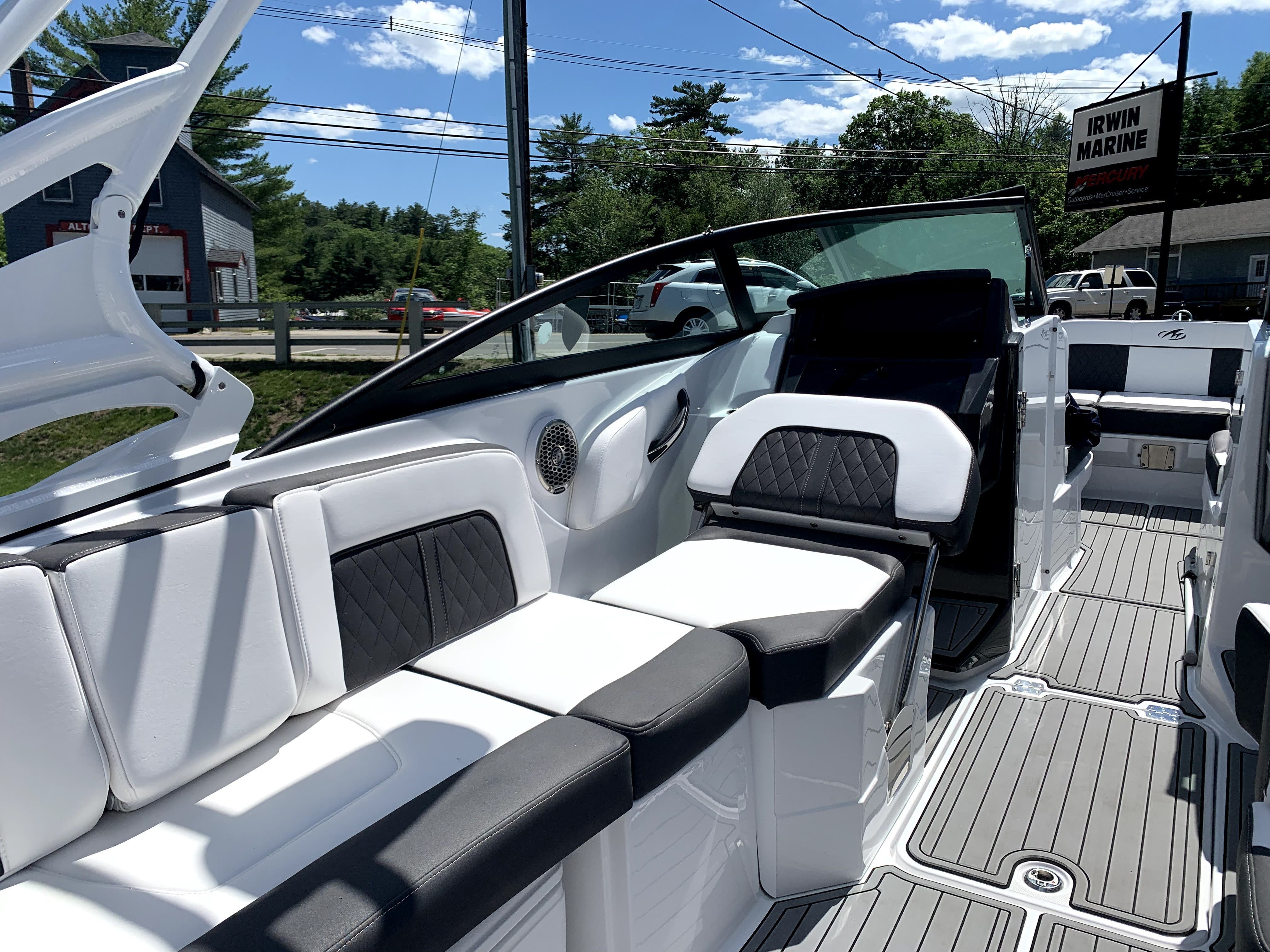 2021 Monterey boat for sale, model of the boat is M65 & Image # 7 of 12