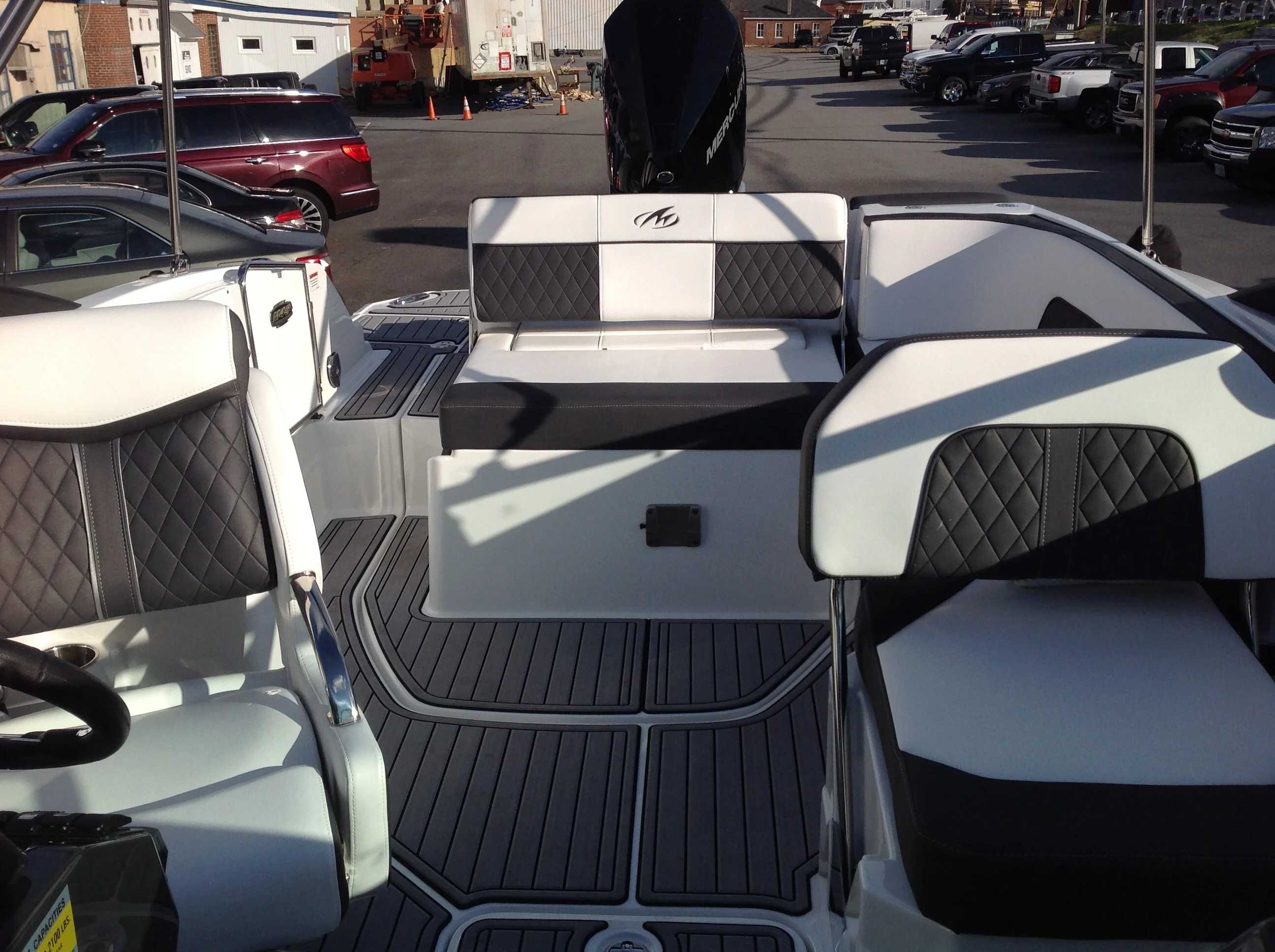 2021 Monterey boat for sale, model of the boat is M45 & Image # 4 of 21