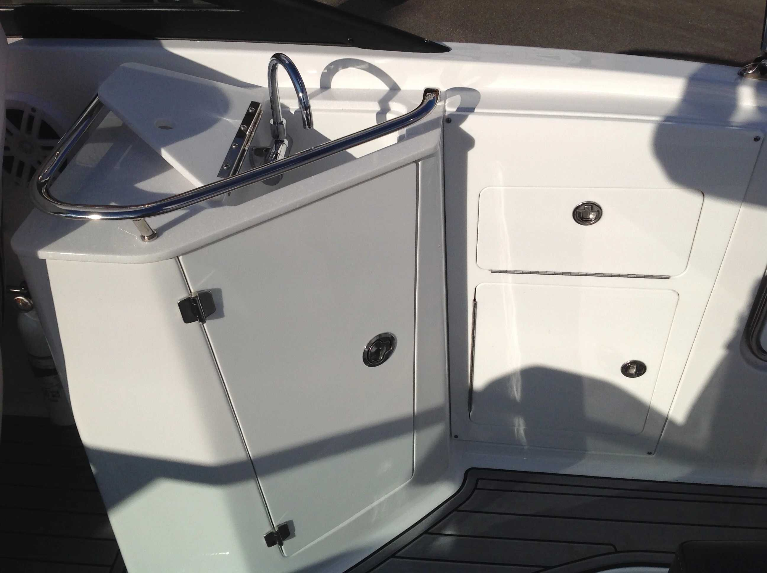 2021 Monterey boat for sale, model of the boat is M45 & Image # 11 of 21