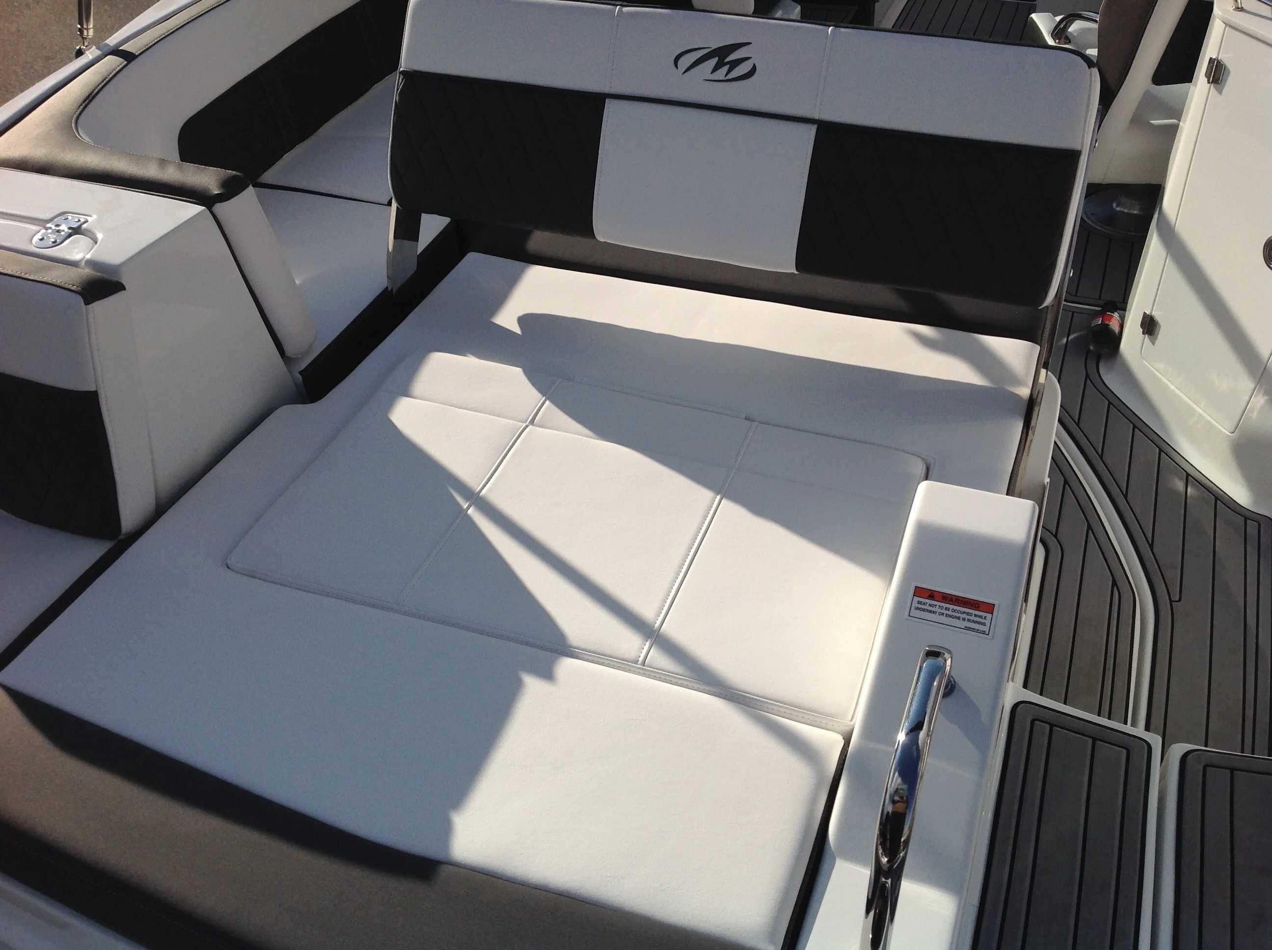 2021 Monterey boat for sale, model of the boat is M45 & Image # 12 of 21