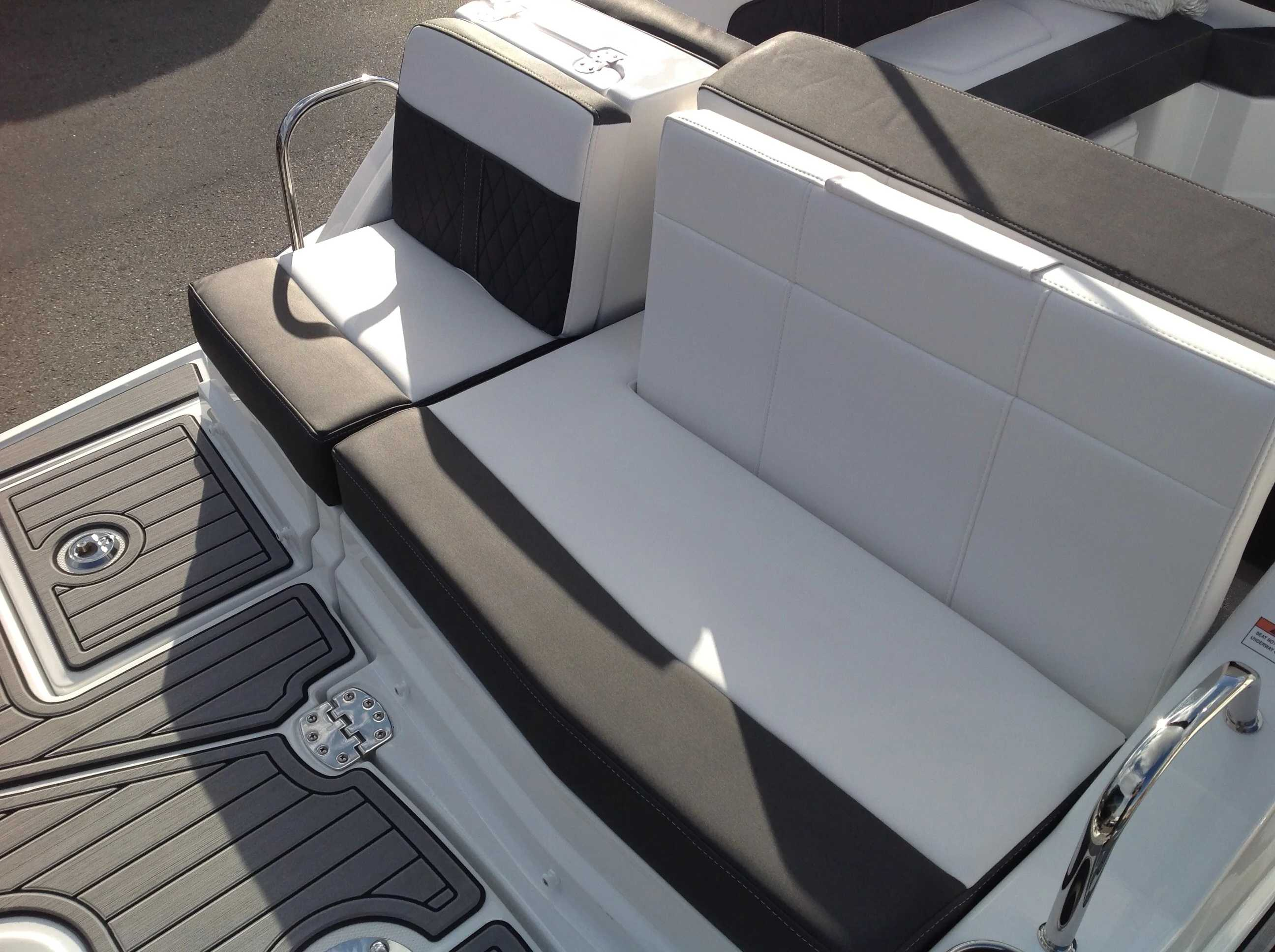 2021 Monterey boat for sale, model of the boat is M45 & Image # 13 of 21