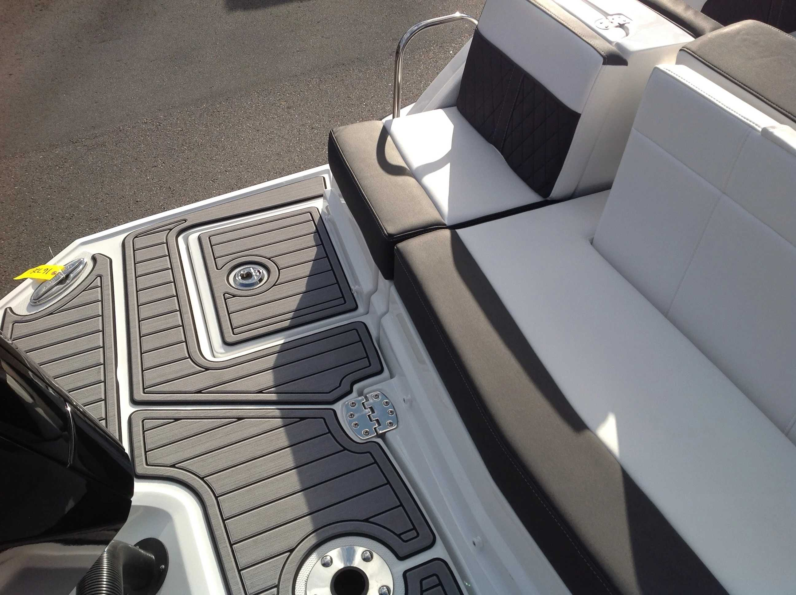 2021 Monterey boat for sale, model of the boat is M45 & Image # 14 of 21