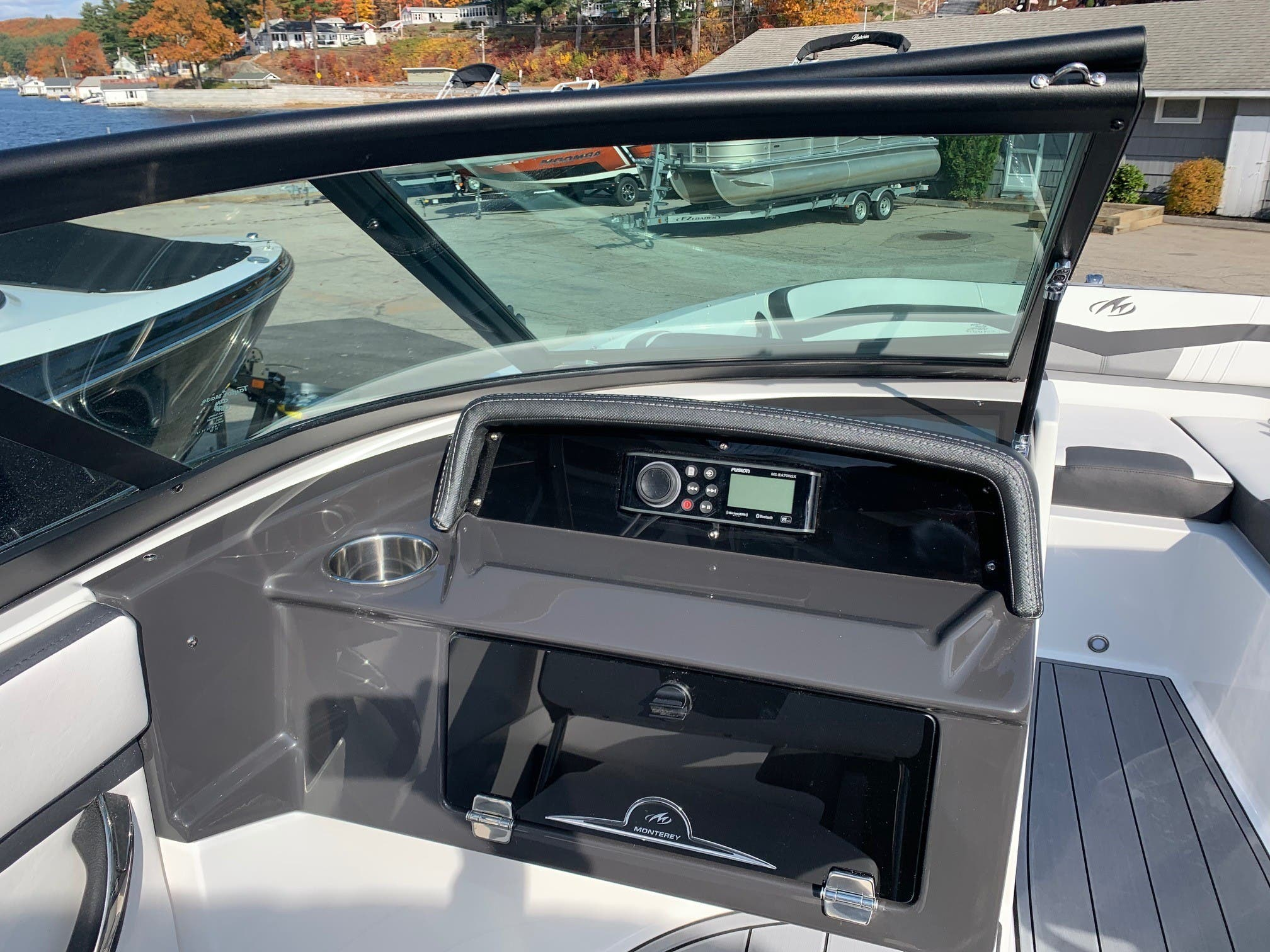 2021 Monterey boat for sale, model of the boat is M 22 & Image # 6 of 13