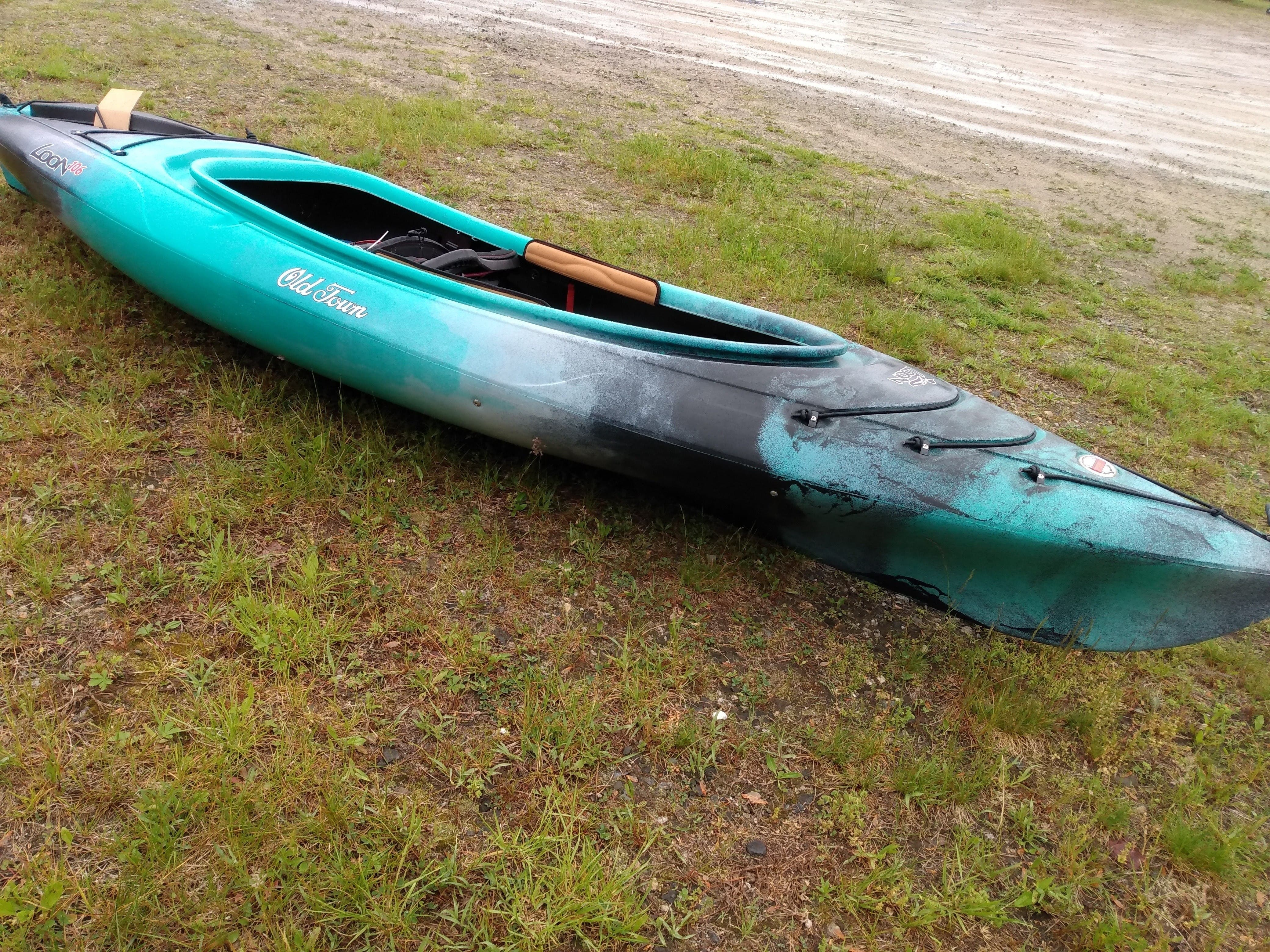2021 Old Town boat for sale, model of the boat is Loon 106 M/l & Image # 5 of 5