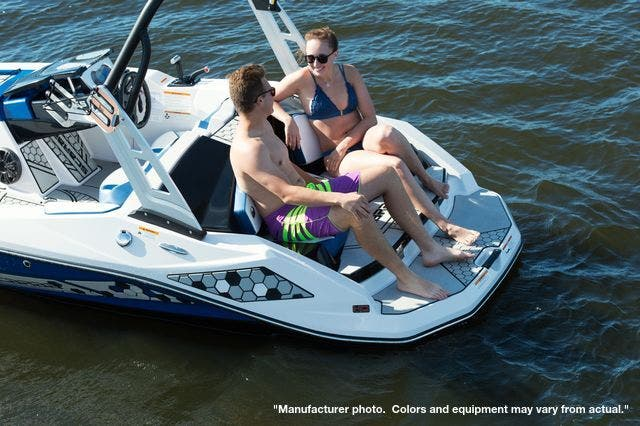 2021 Scarab boat for sale, model of the boat is 165ID/Impact & Image # 4 of 4