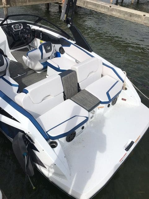2021 Scarab boat for sale, model of the boat is 195ID/Impulse & Image # 6 of 21
