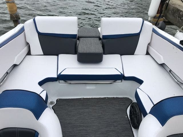 2021 Scarab boat for sale, model of the boat is 195ID/Impulse & Image # 10 of 21