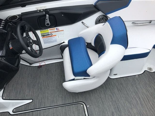 2021 Scarab boat for sale, model of the boat is 195ID/Impulse & Image # 19 of 21
