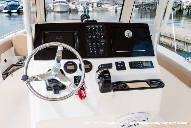 2021 Scout boat for sale, model of the boat is 235XSF & Image # 3 of 7