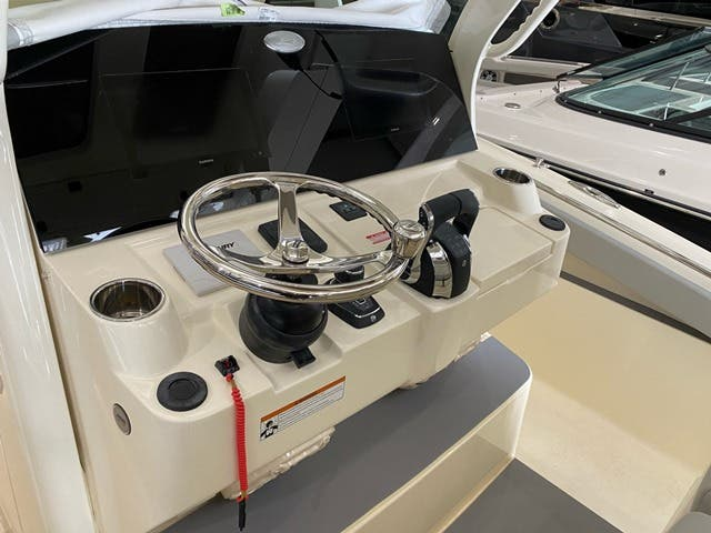 2021 Scout boat for sale, model of the boat is 330LXF & Image # 10 of 15