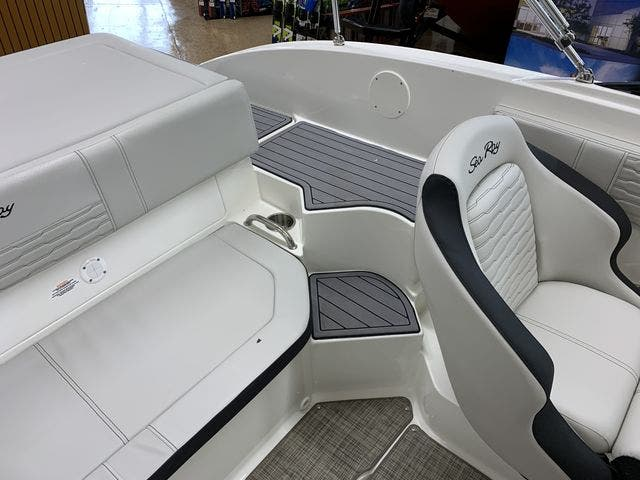 2021 Sea Ray boat for sale, model of the boat is 190SPX & Image # 8 of 12