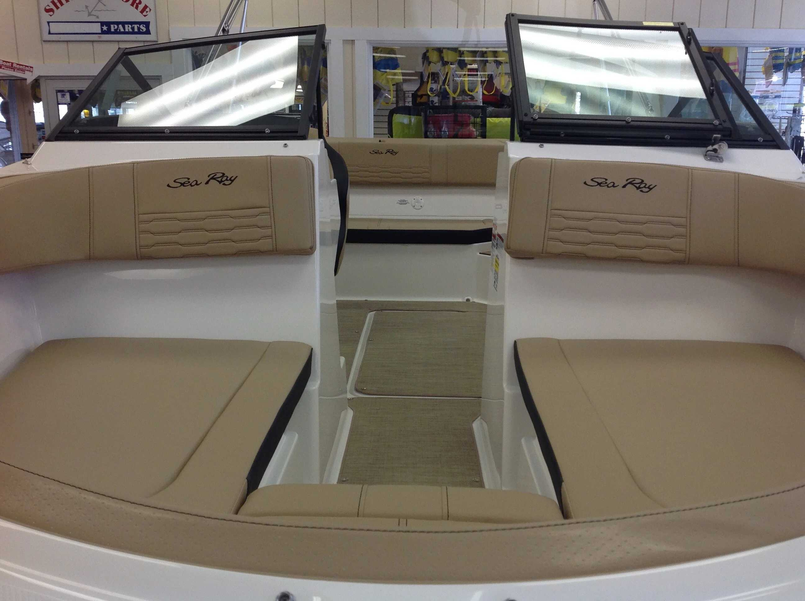 2021 Sea Ray boat for sale, model of the boat is 190 SPX & Image # 3 of 12
