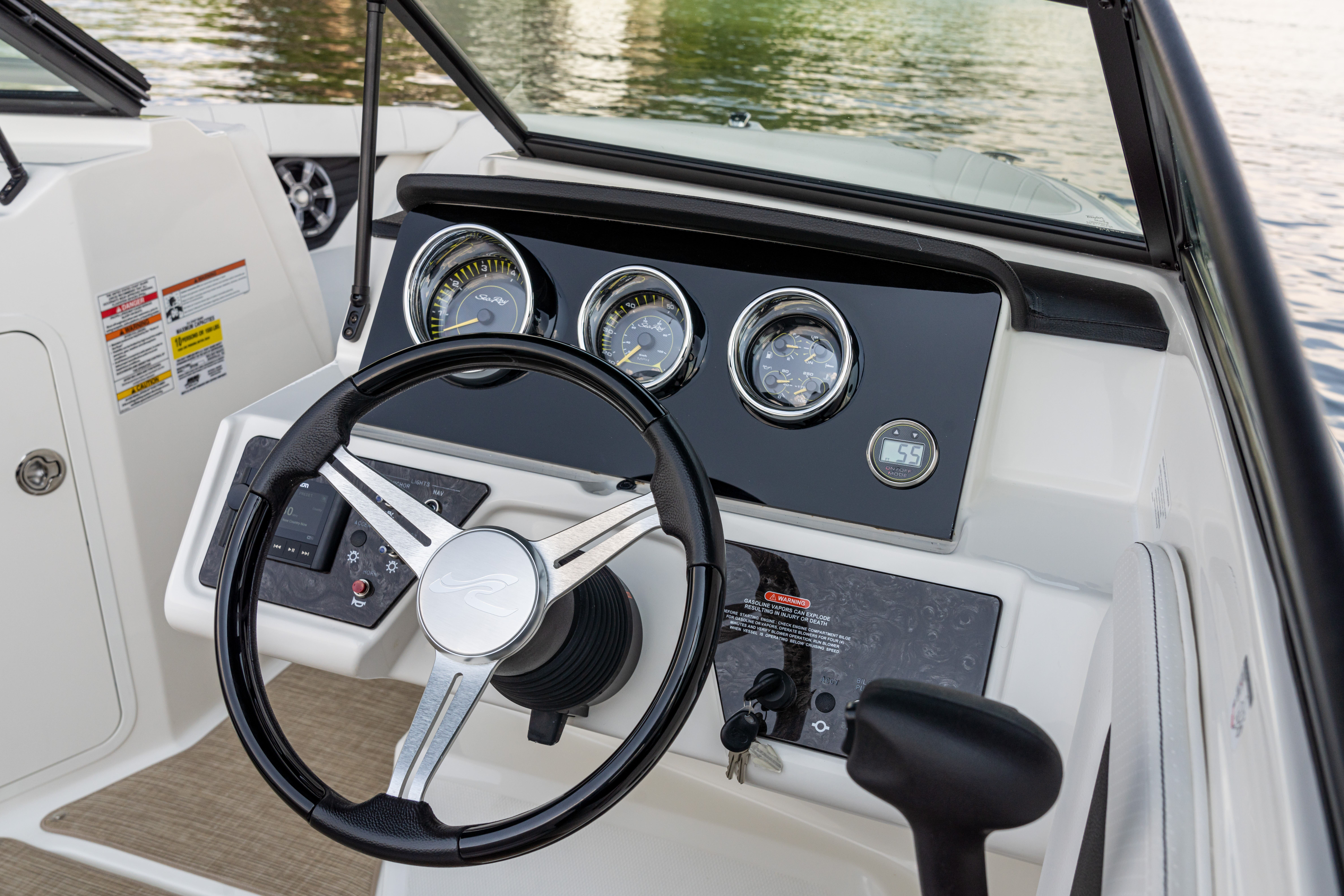 2022 Sea Ray boat for sale, model of the boat is 190SPX & Image # 4 of 7
