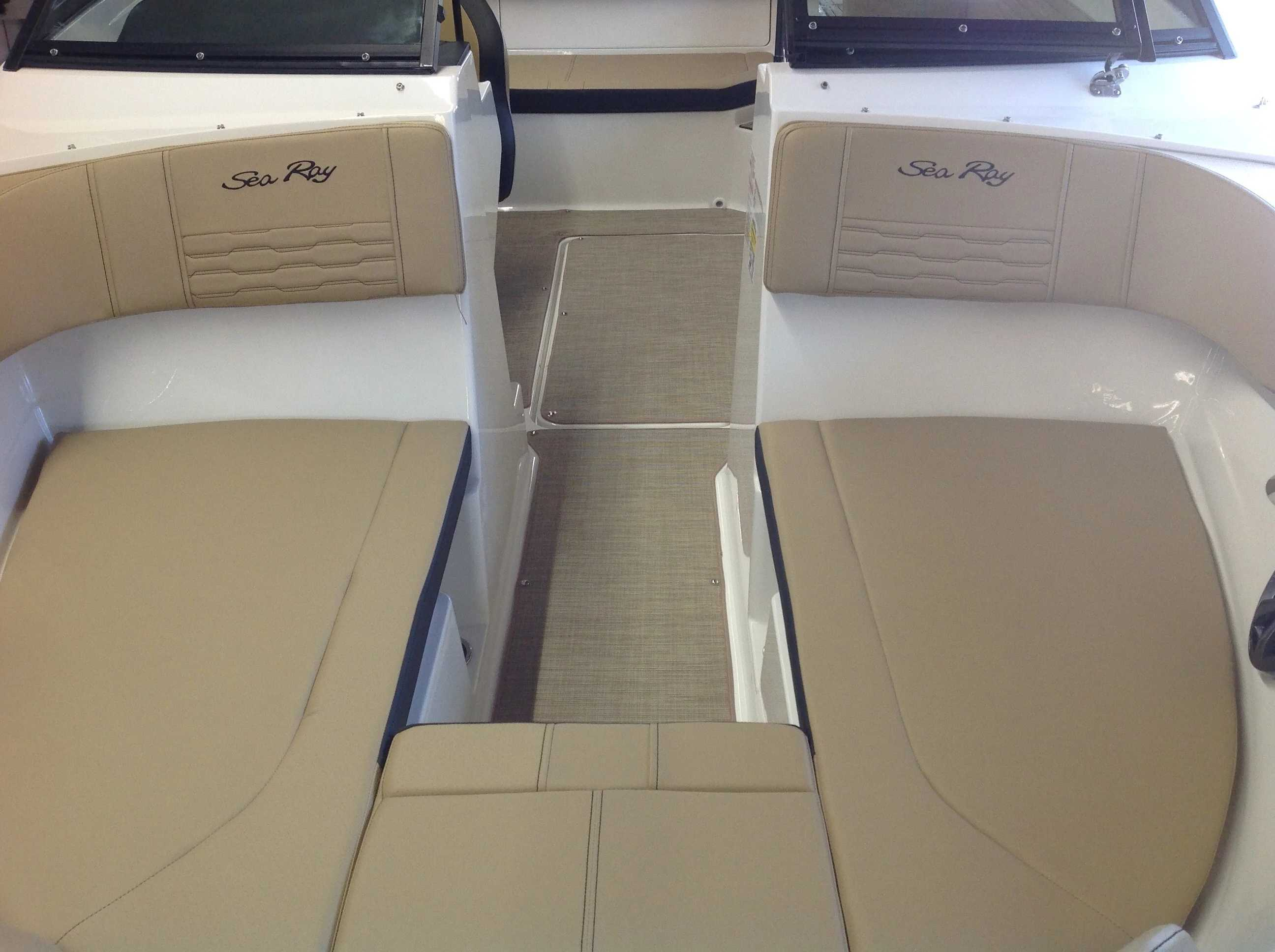 2021 Sea Ray boat for sale, model of the boat is 190 spxo & Image # 5 of 14