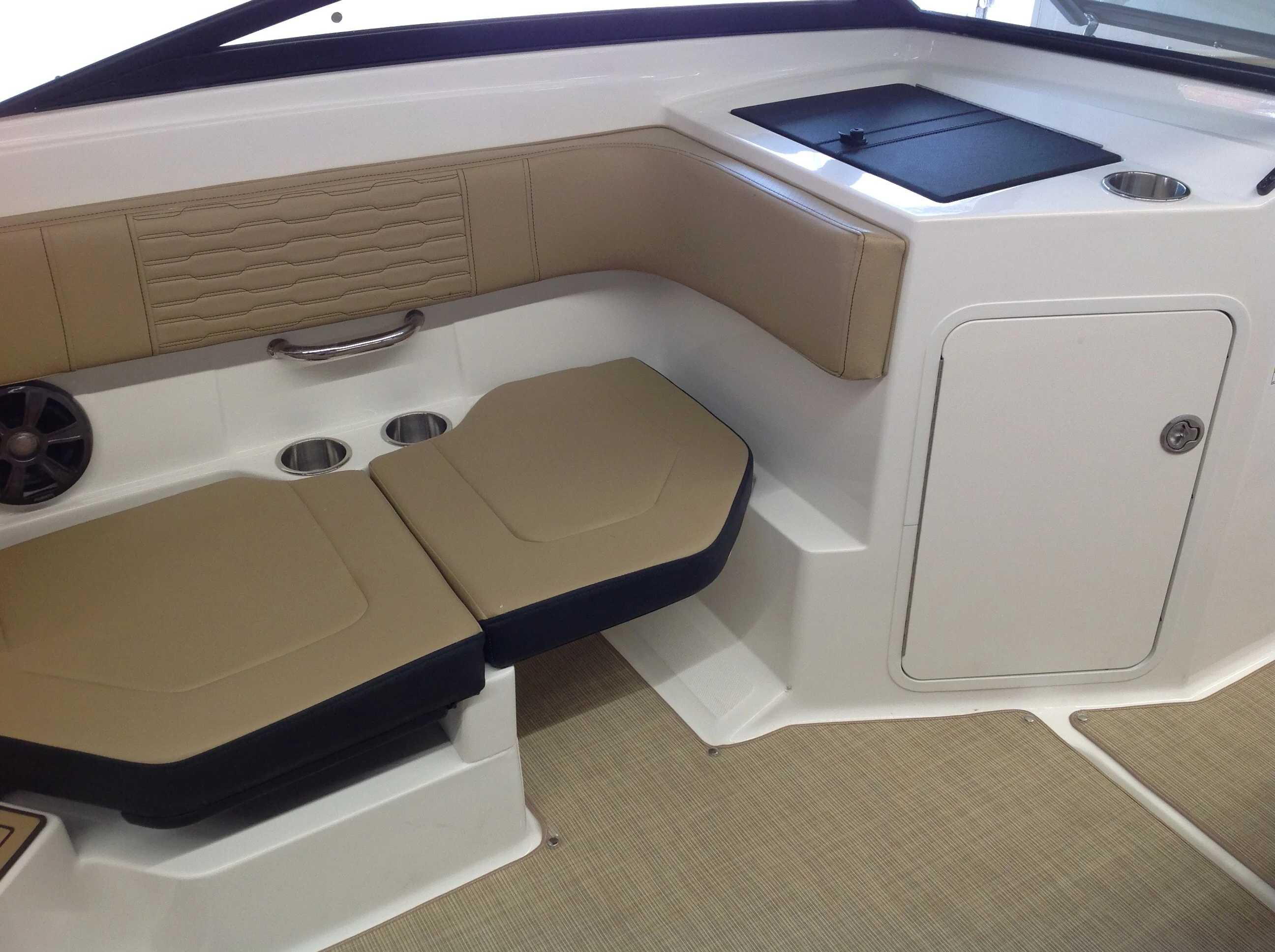 2021 Sea Ray boat for sale, model of the boat is 190 spxo & Image # 10 of 14