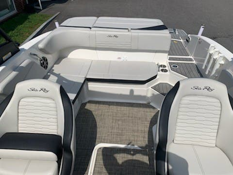2021 Sea Ray boat for sale, model of the boat is 210SPX & Image # 3 of 7