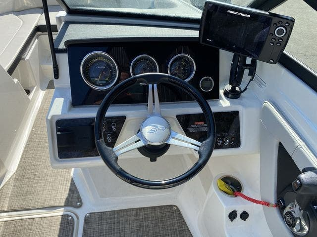 2021 Sea Ray boat for sale, model of the boat is 210SPX & Image # 9 of 13
