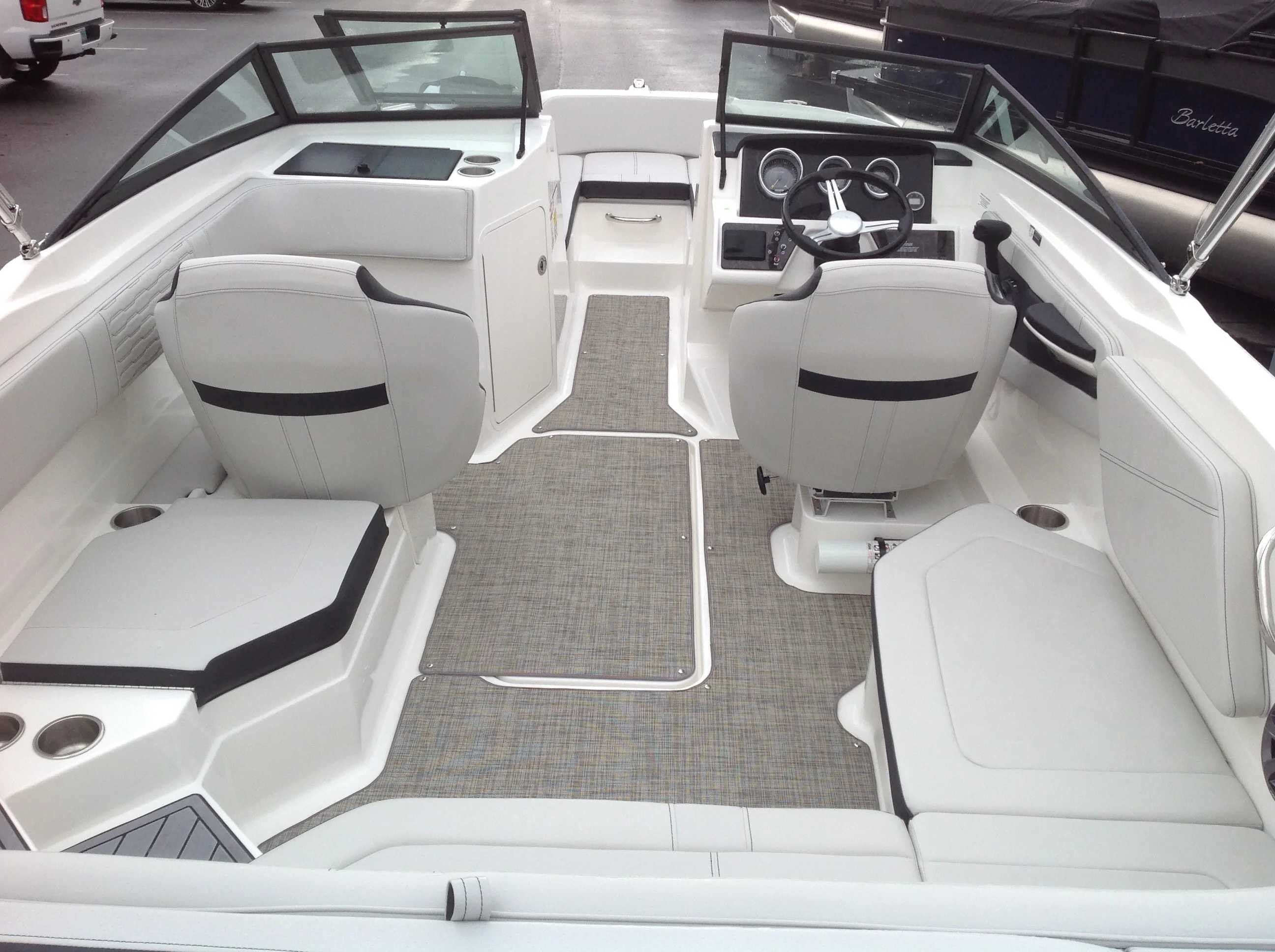 2021 Sea Ray boat for sale, model of the boat is 210 SPX & Image # 10 of 12