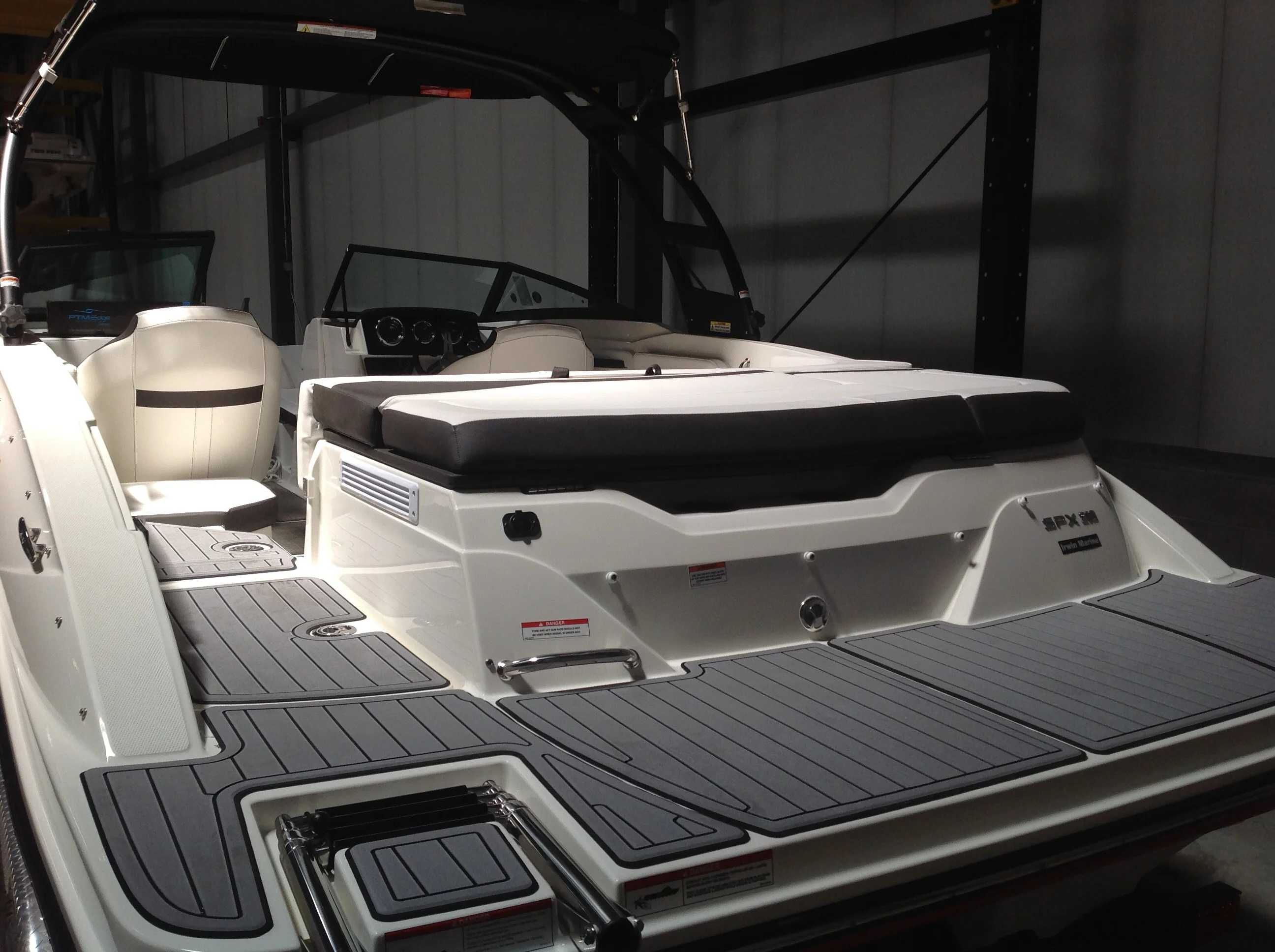 2021 Sea Ray boat for sale, model of the boat is 210 SPX & Image # 12 of 12