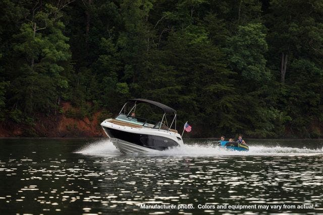 2021 Sea Ray boat for sale, model of the boat is 250SDX & Image # 9 of 10