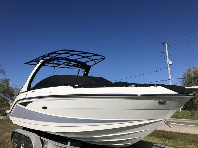 2021 Sea Ray boat for sale, model of the boat is 250SLX & Image # 9 of 20