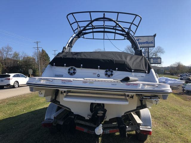 2021 Sea Ray boat for sale, model of the boat is 250SLX & Image # 12 of 20