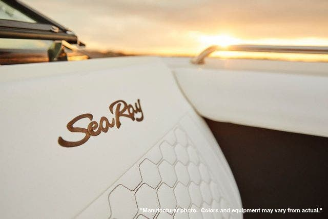 2021 Sea Ray boat for sale, model of the boat is 270SDX & Image # 5 of 10