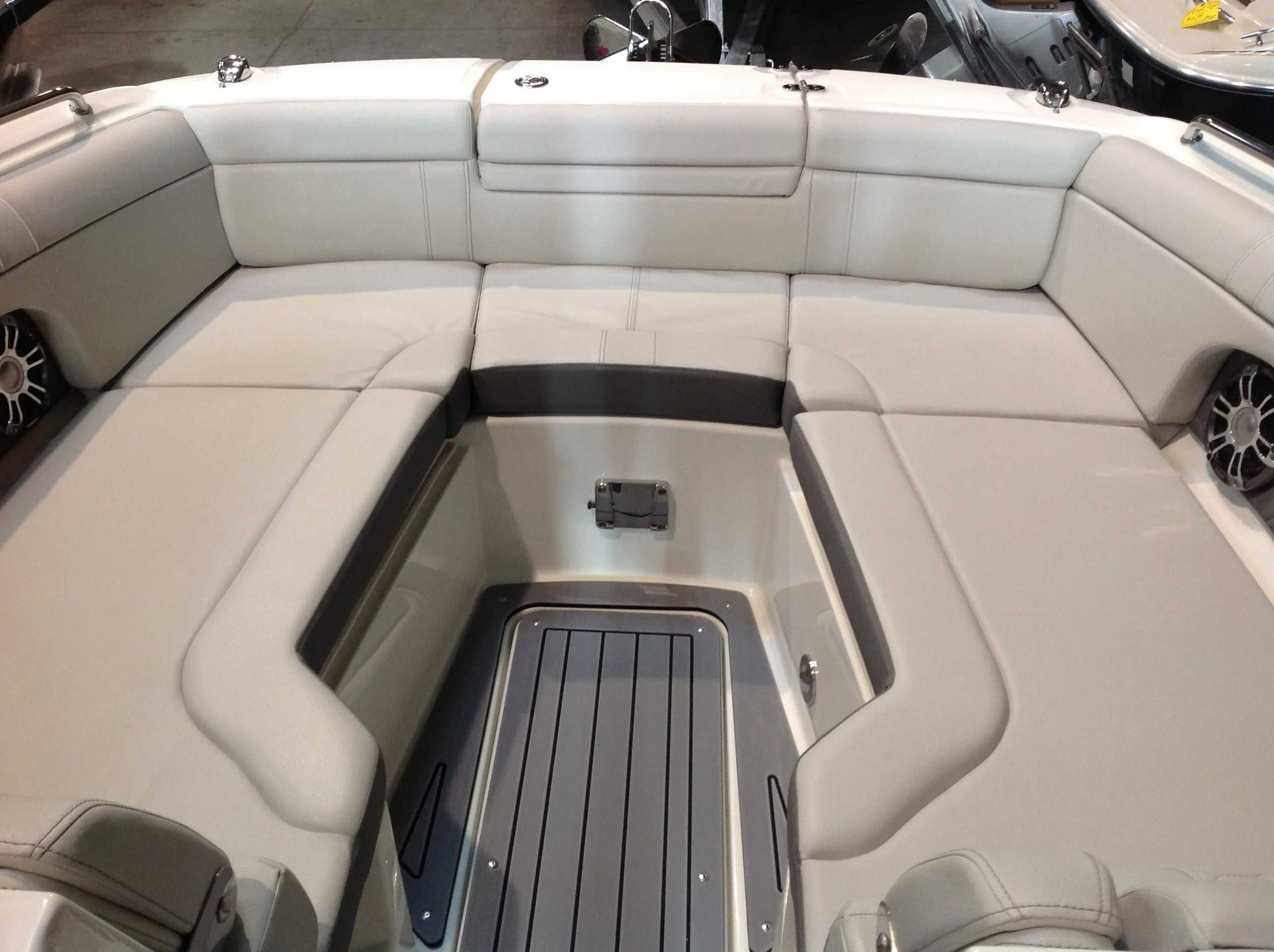 2021 Sea Ray boat for sale, model of the boat is 270 SDX & Image # 6 of 21