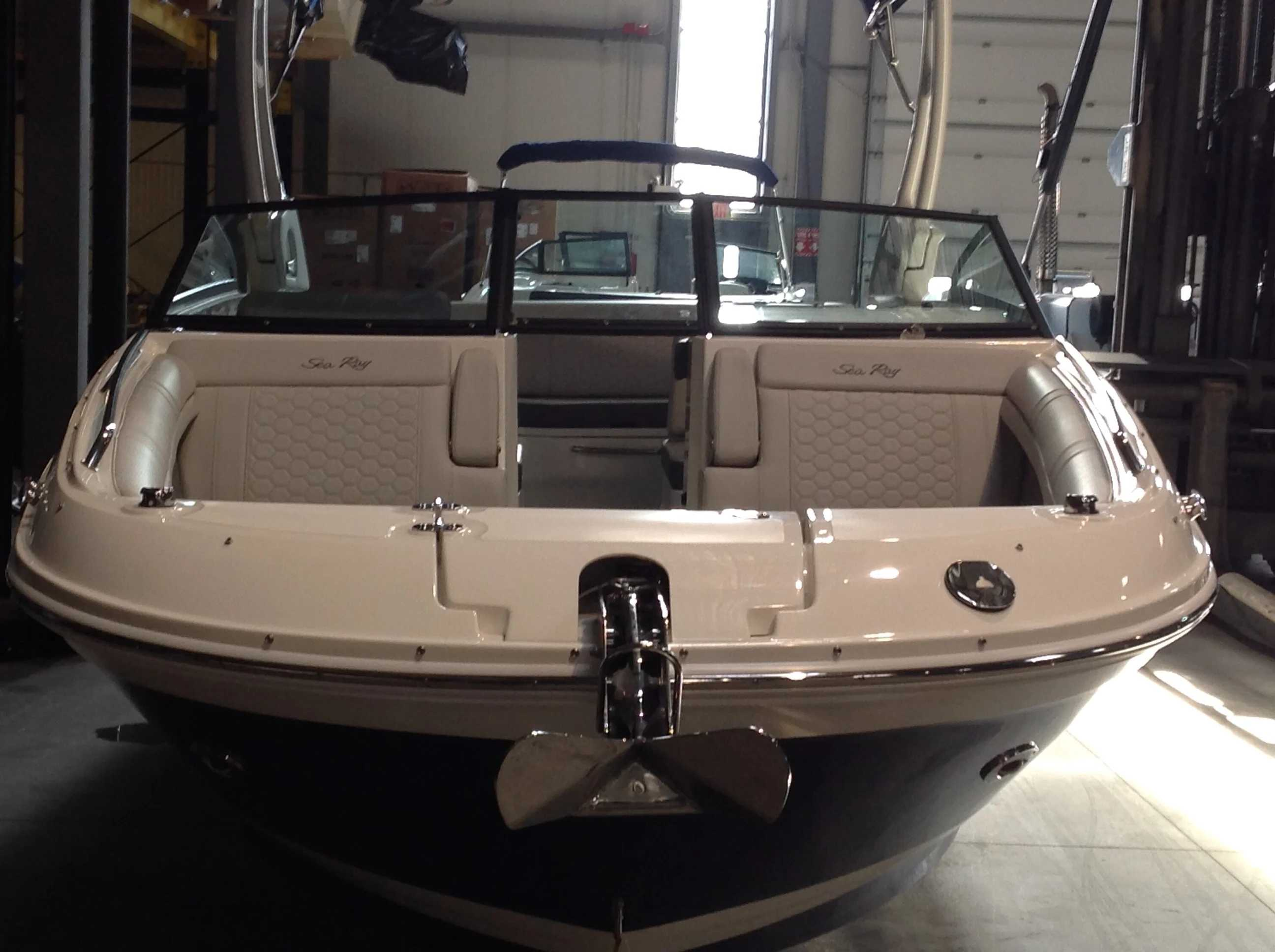2021 Sea Ray boat for sale, model of the boat is 270 SDX & Image # 5 of 21