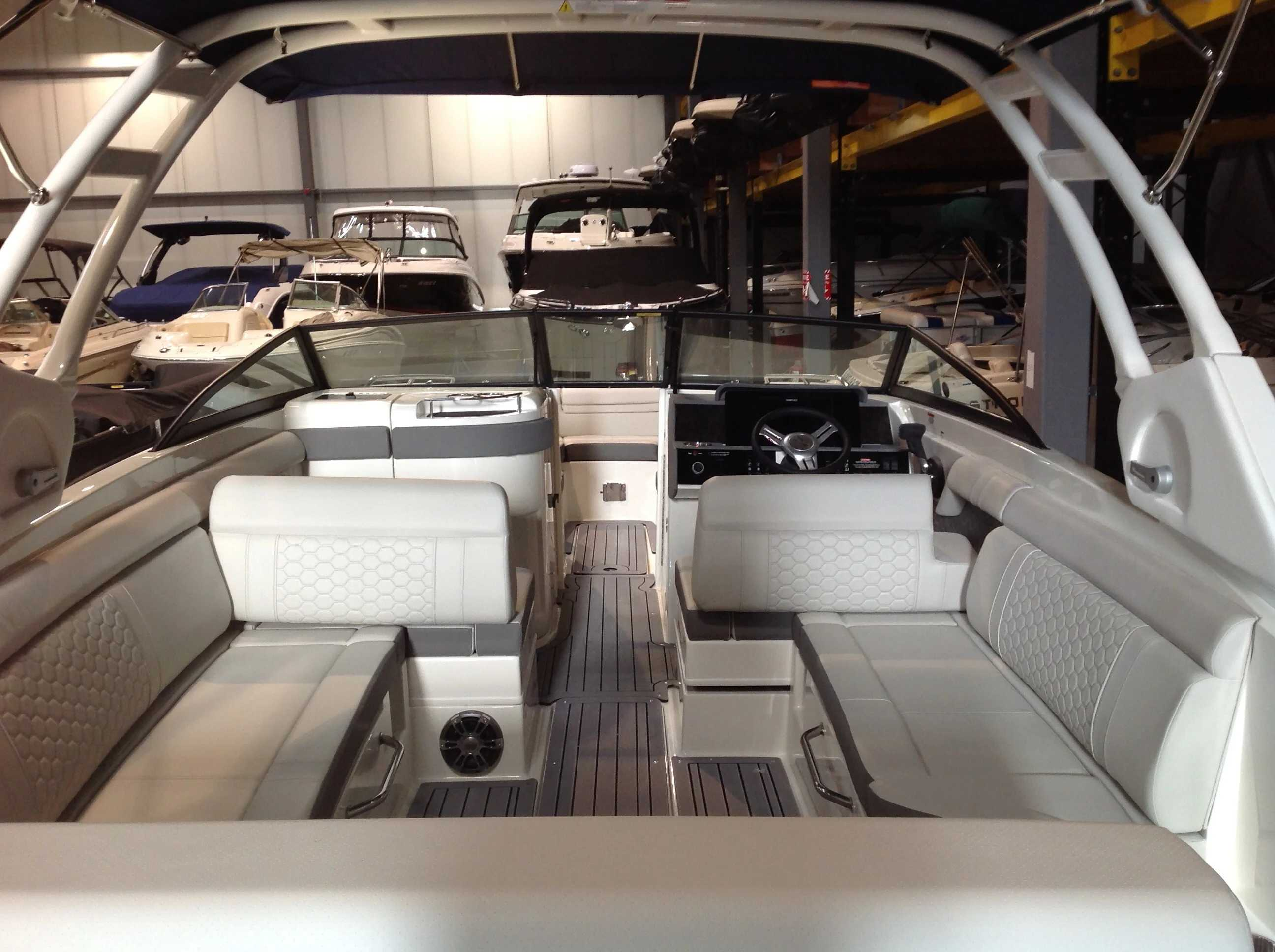 2021 Sea Ray boat for sale, model of the boat is 270 SDX & Image # 20 of 21