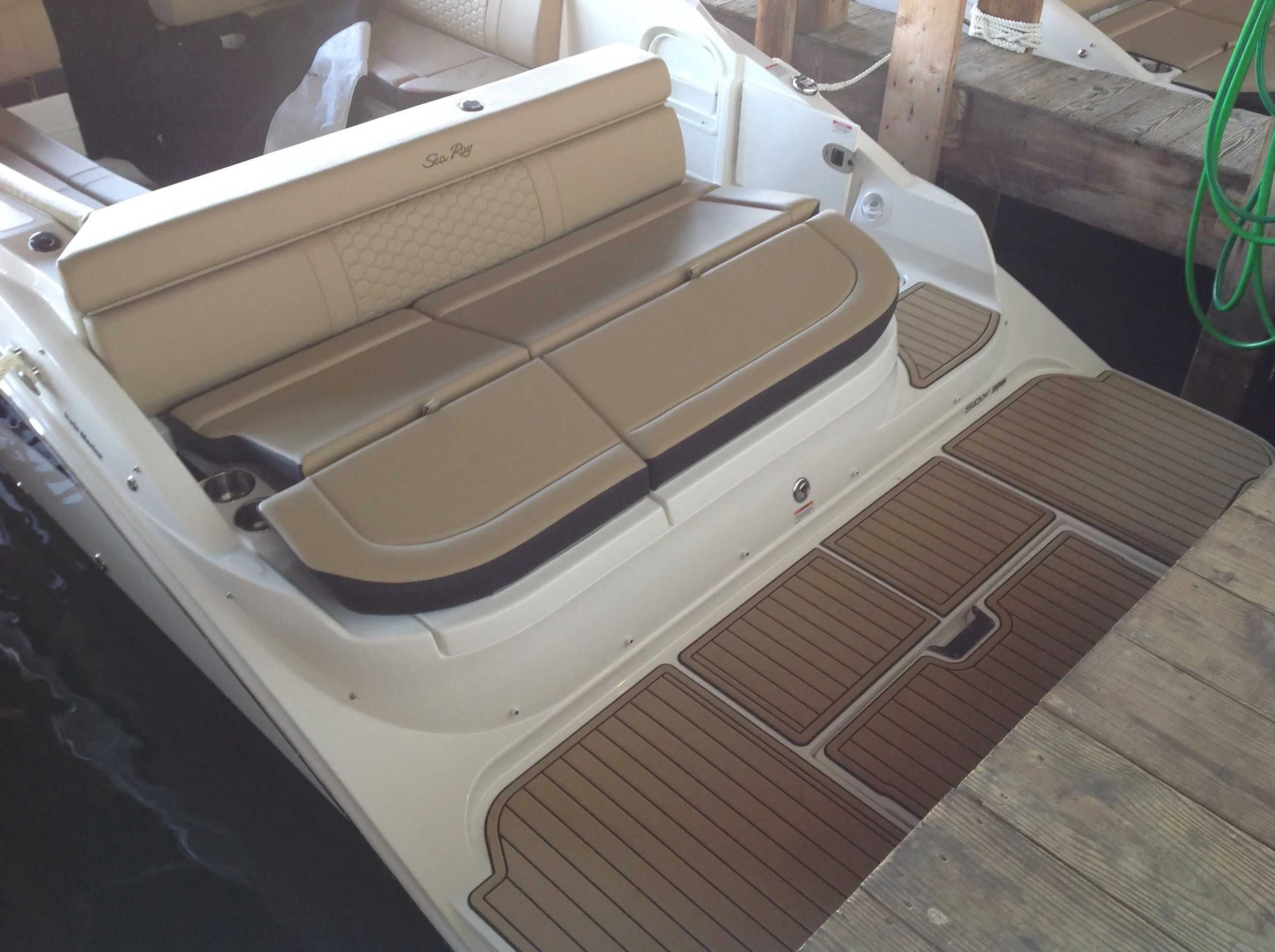 2021 Sea Ray boat for sale, model of the boat is 270 SDX & Image # 15 of 15