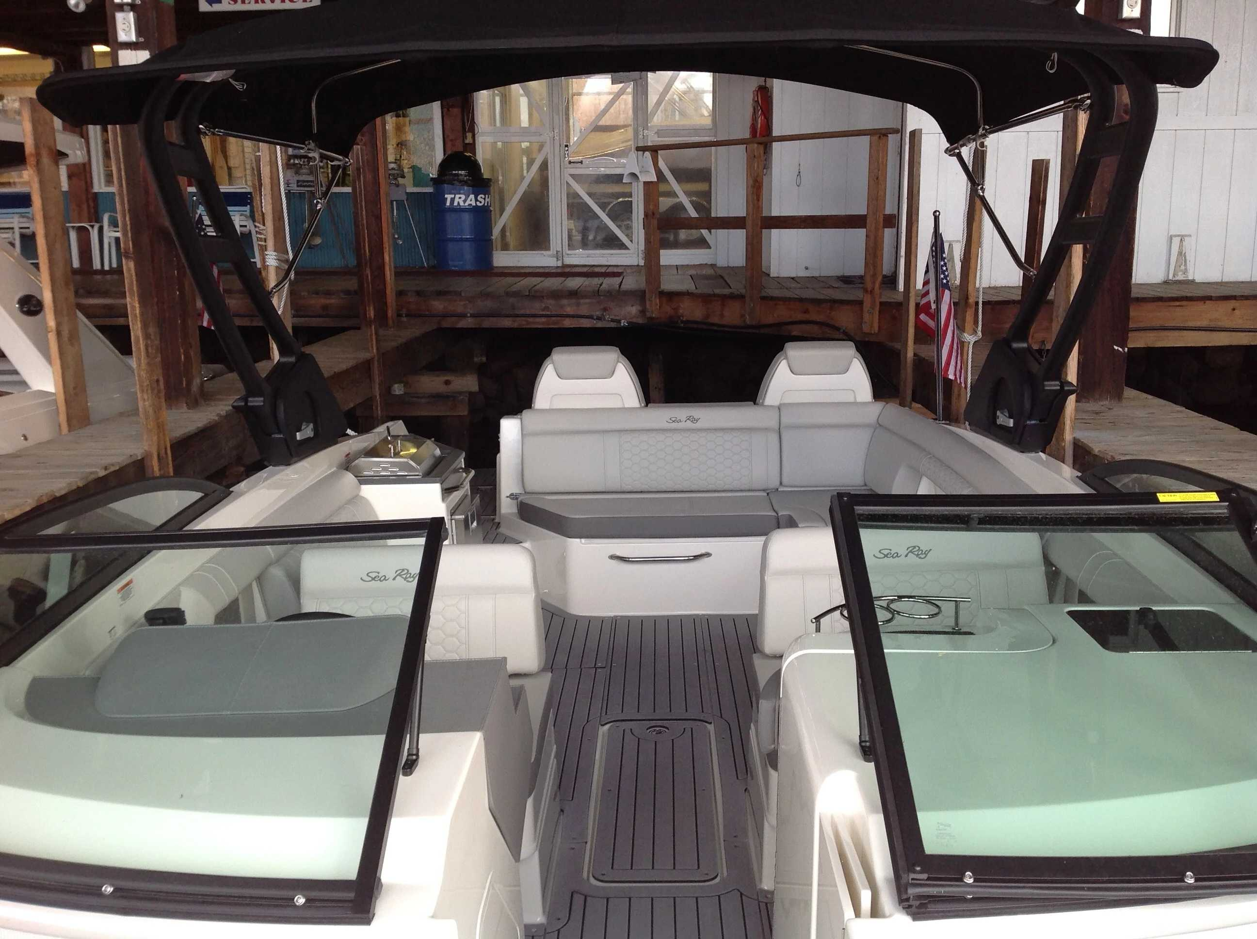 2021 Sea Ray boat for sale, model of the boat is 270 sdx & Image # 3 of 17