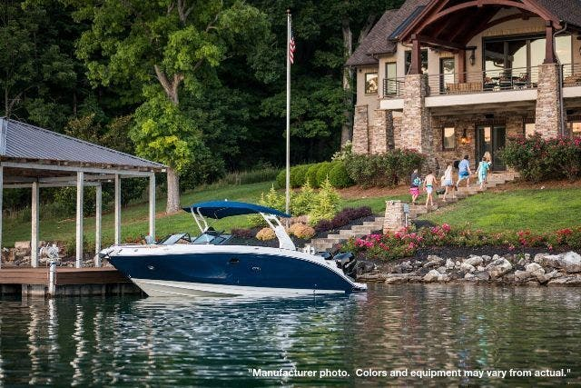 2021 Sea Ray boat for sale, model of the boat is 290SDXO & Image # 3 of 10