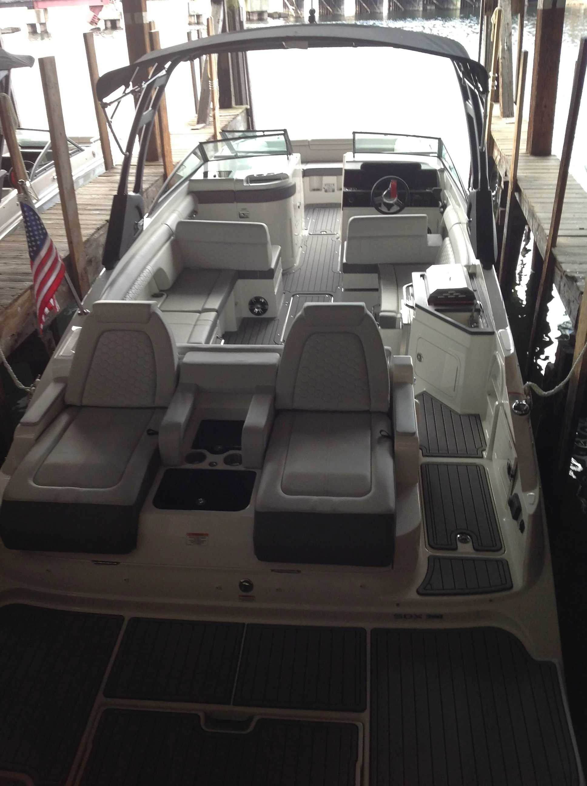 2021 Sea Ray boat for sale, model of the boat is 290 sdx & Image # 11 of 12