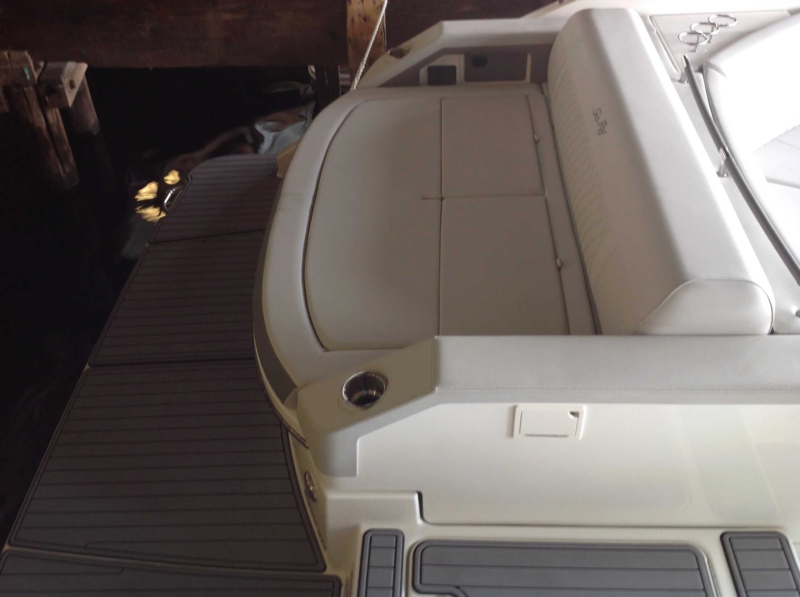 2021 Sea Ray boat for sale, model of the boat is 310 SLX & Image # 19 of 20