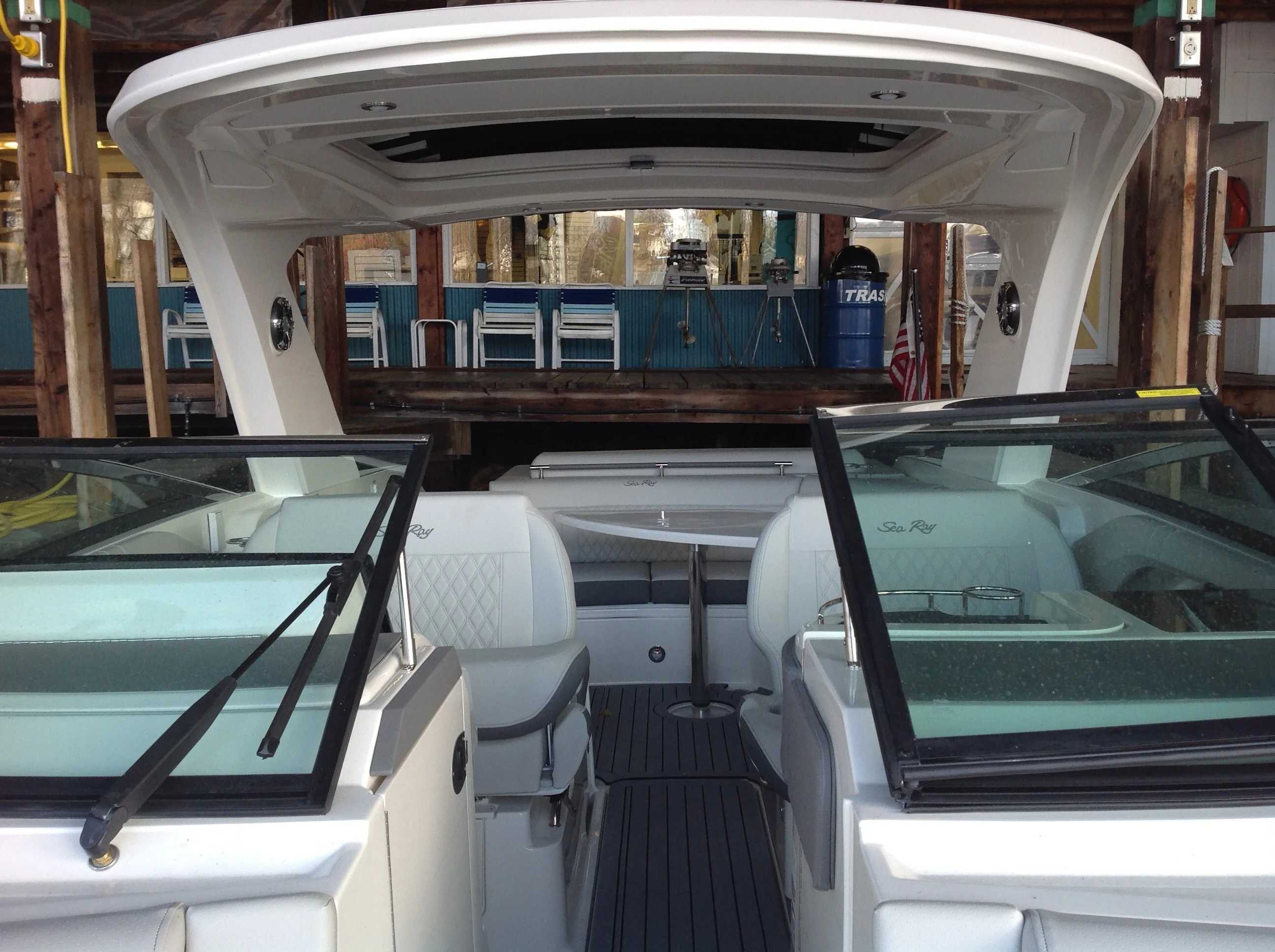 2021 Sea Ray boat for sale, model of the boat is 310 SLX & Image # 7 of 20