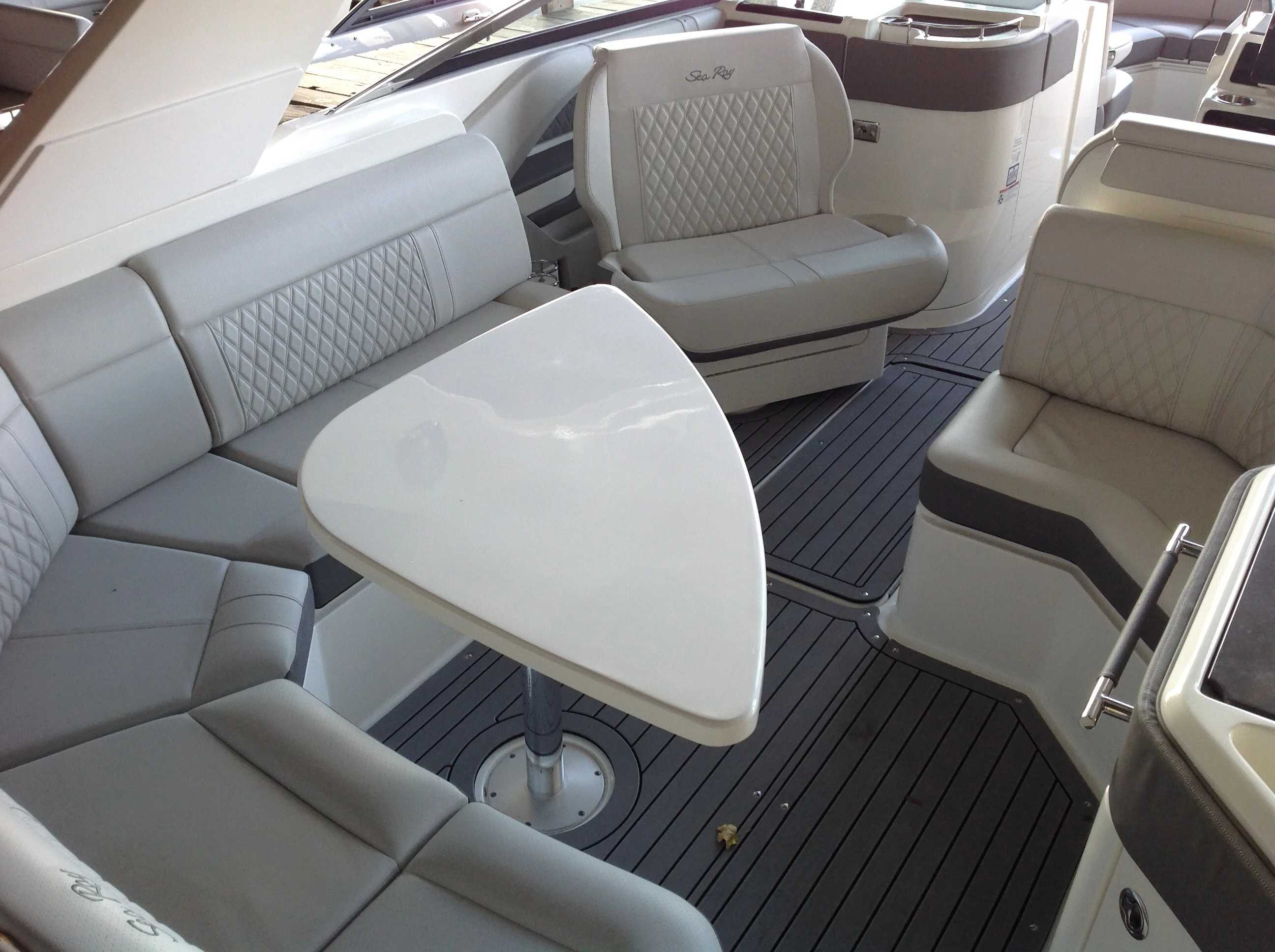 2021 Sea Ray boat for sale, model of the boat is 310 SLX & Image # 15 of 20