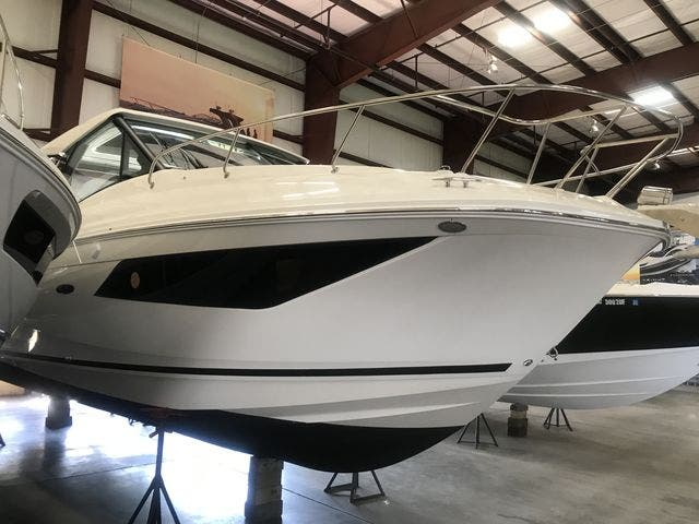 2021 Sea Ray boat for sale, model of the boat is 320COUPE & Image # 4 of 23