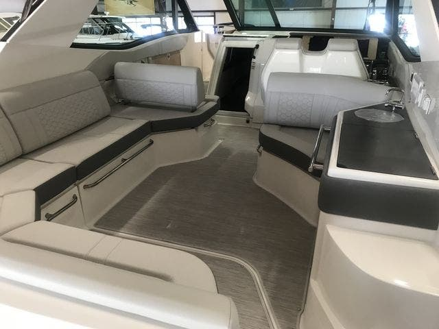 2021 Sea Ray boat for sale, model of the boat is 320COUPE & Image # 22 of 23