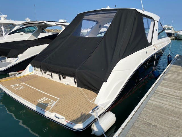 2021 Sea Ray boat for sale, model of the boat is 400SLX & Image # 3 of 49