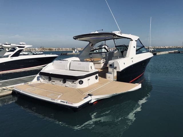 2021 Sea Ray boat for sale, model of the boat is 400SLX & Image # 6 of 49
