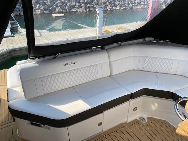 2021 Sea Ray boat for sale, model of the boat is 400SLX & Image # 9 of 49