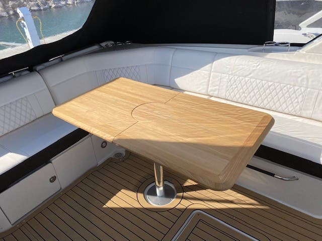2021 Sea Ray boat for sale, model of the boat is 400SLX & Image # 14 of 49