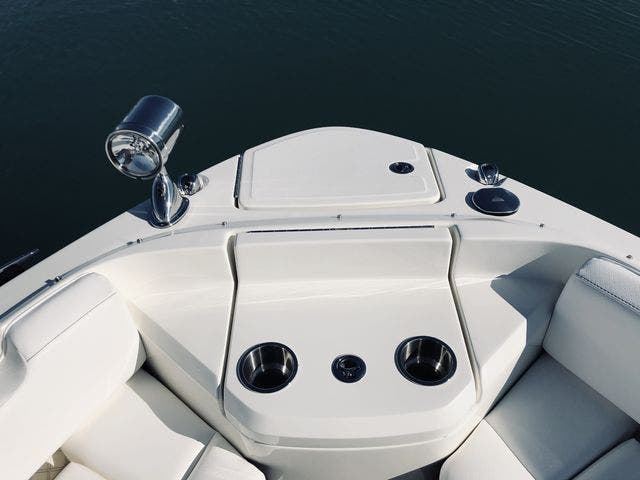 2021 Sea Ray boat for sale, model of the boat is 400SLX & Image # 21 of 49