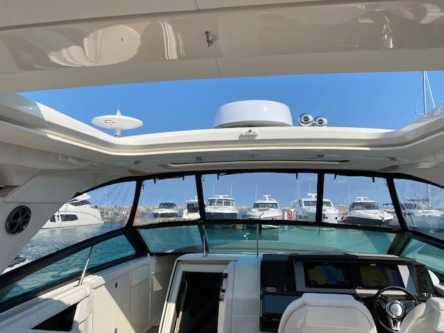 2021 Sea Ray boat for sale, model of the boat is 400SLX & Image # 25 of 49